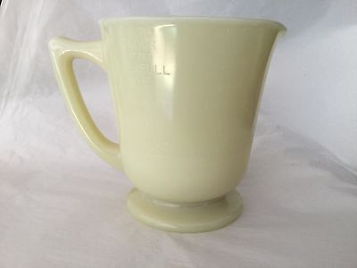VTG. MCKEE Custard yellow SEVILLE LIQUID and dry MEASURING CUP