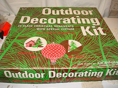 RARE Vintage Corning Glass Outdoor Christmas 24 Ornaments Kit Spotlght IOB