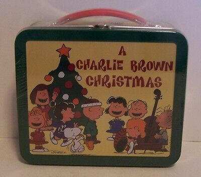 Snoopy A Charlie Brown Christmas Mini Lunch Box Hallmark Peanuts Doghouse Tree