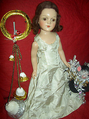 "BEAUTIFUL, large 19,"" Arranbee R&B ""DEBUTEEN"" composition & cloth signed doll"