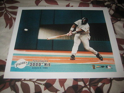 Tony Gwynn  8 X 10 Unsigned Picture
