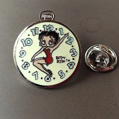 Pin's Folies *** Corner signé BD Comics Betty Boop Montre watch