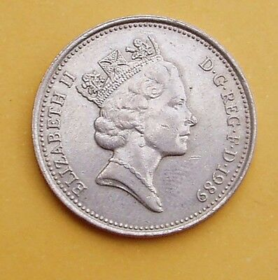 1989 1 x 5p - Five pence coin.