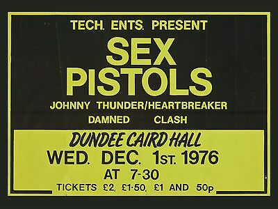 """Sex Pistols / Clash Dundee 16"""" x 12"""" Photo Repro Concert Poster"""