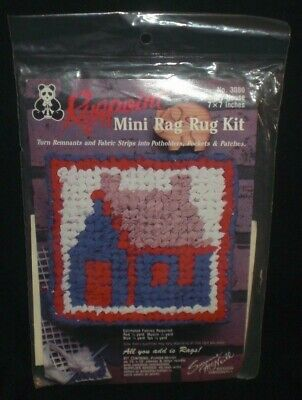 Suzanne McNeill Rugpoint COUNTRY HOUSE Mini Rag Rug Printed Canvas Kit 3080