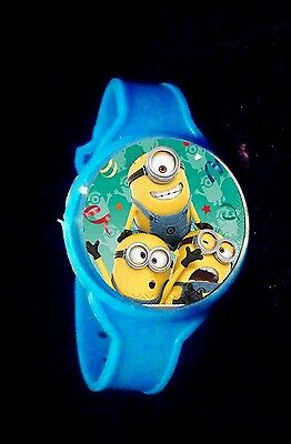 Minions - 8 Toy Watches - Party Favors Watch Birthday Pinata Kids