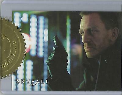 "James Bond 50th Anniversary S1 - ""Skyfall Poster"" Case Topper Card #559/700"