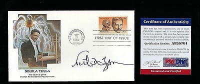 Neil deGrasse Tyson signed cover PSA Authenticated astrophysicist cosmologist