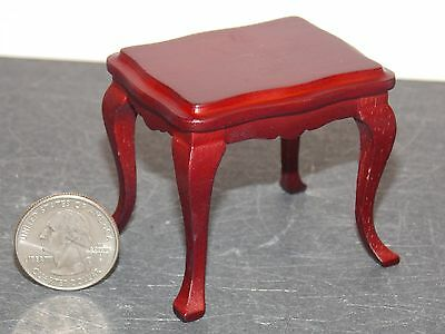 Dollhouse Miniature Mahogany End Table 1:12  one inch scale F49 Dollys Gallery