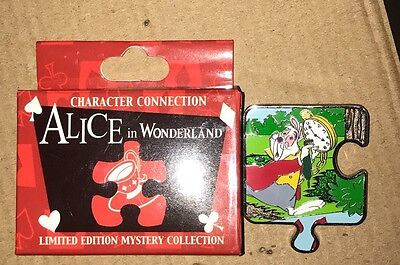 Disney Pin Character Connection Puzzle Alice In Wonderland White Rabbit