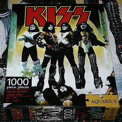 Official KISS Love Gun 1000 Piece Jigsaw Puzzle by AQUARIUS Complete See Photo