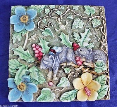 Picturesque Harmony Kingdom Tile Magnetic Byrons Secret Garden Two Blind Mice