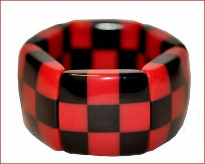 Chunky Deco Shape Checkered Resin Expandable Stretchy Bracelet -Black Red