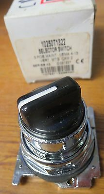 Cutler-Hammer 10250T1322 Selector Switch 3 Position Maintained NEMA 4-13