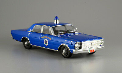 Ford Galaxie 500 -- Police -- Usa -- 1/43 -- Ixo/ist -- New