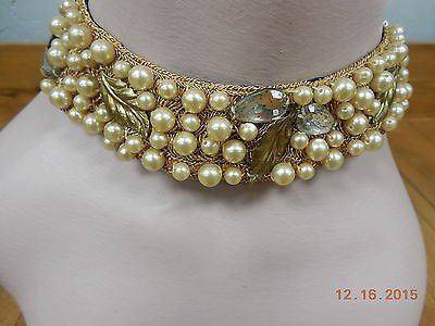 Vintage 1950s Deco Style Pearl Collar with Glass Flowers  #5