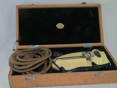 Vintage TRAVELLING IRON Boxed 1950s