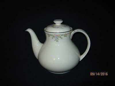 Royal Doulton Giselle {Romance Collection} Teapot (Clearance)