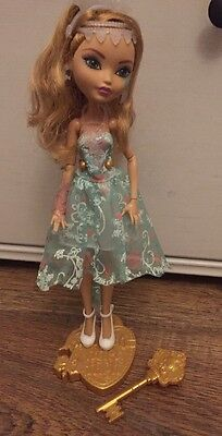 ��Ever After High Fairest On Ice Ashlynn Ella Doll Good Condition!�� & Stand