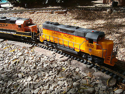 G-SCALE 1/32 Union Pacific Dummy GP-30 With Sound - Can Be Powered --  NEW
