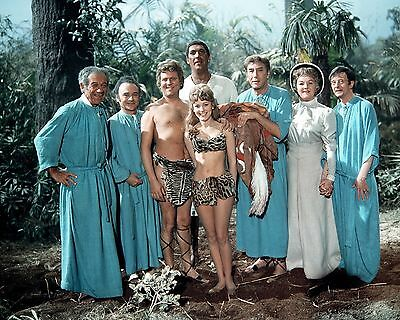 """Carry On Up the Jungle Cast 10"""" x 8"""" Photograph"""