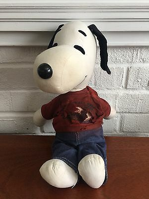 VINTAGE 1966 UNITED FEATURE SYNDICATE~~PEANUTS Plush SNOOPY DOLL