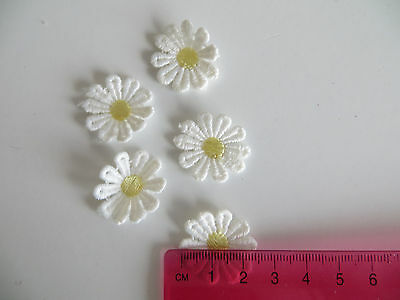 5 Stitch On Fabric Flowers DAISY White 25mm Craft Scrapbooking Embellishments To