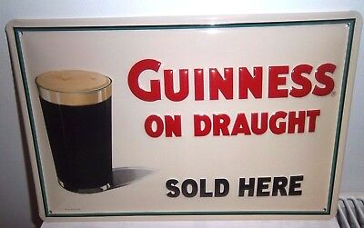 GUINNESS ON DRAUGHT : EMBOSSED(3D) METAL ADVERTISING SIGN 30X20cm PUB/BAR/CAFE
