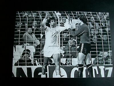"""WEST BROMWICH ALBION v @ VALENCIA UEFA cup GODDEN KEMPES 6""""x4 REPRINT Post Free"""