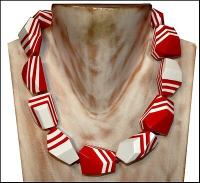 Beautiful Chunky Red And White Resin Choker Necklace