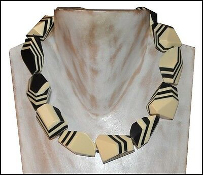 Beautiful Chunky Cream White And White Resin Choker Necklace