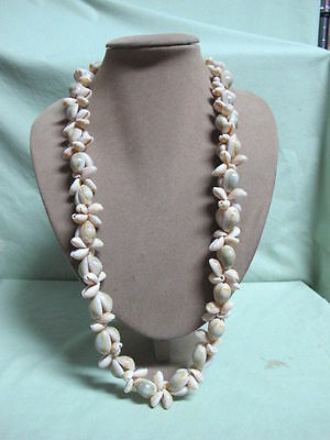Vintage Sea Shell long Necklace