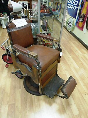 Antique Oak Melchior Imperial  Hydraulic Barber Chair