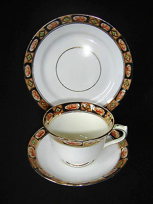 ROYAL ALBERT CROWN CHINA TRIO, TEACUP, SAUCER, PLATE c1930's PATTERN 4004