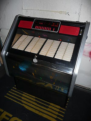 Wurlitzer Fuego 1980's Pretty Jukebox - Holds 80 Records