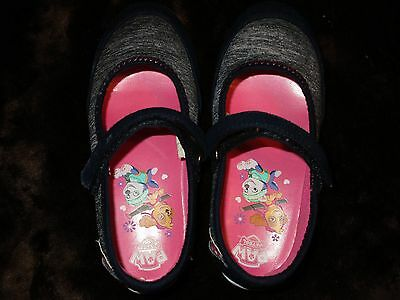 2 Pairs Girl's Size 10 Shoes-Dark Blue/Pink & Sandals-Blue w/Gems