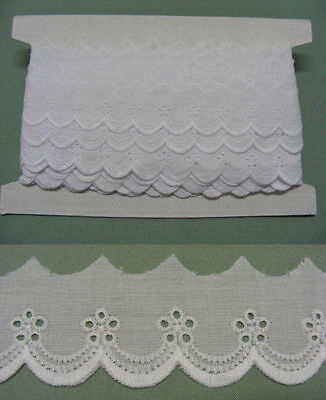 Broderie Anglaise Flat Lace  (8883) - White X 20  mts