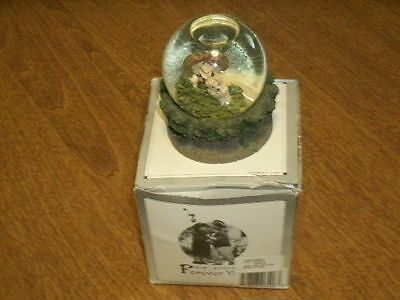 """KIM ANDERSON FOREVER YOUNG 2003 SNOW GLOBE w/BOX """"GIRL HOLDING BUNNY""""-VGC"""