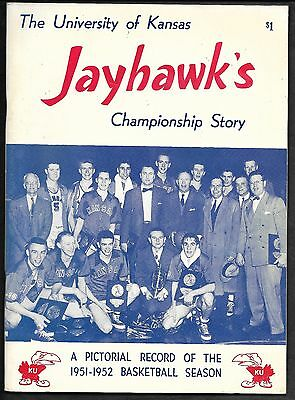 1952 NCAA Champion Kansas Basketball Yearbook/Guide Lovellette/Dean Smith cover