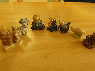 Collection of Wade animals etc