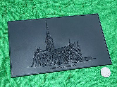 Salisbury Cathedral Wall Plaque Collectable Vintage Old Religion Detailed