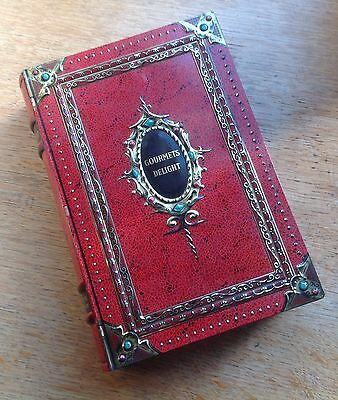 """A super old """"Gourmets Delight"""" Victoria Biscuit Co book tin (empty)"""