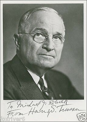 HARRY S TRUMAN Signed Photograph - Former US President