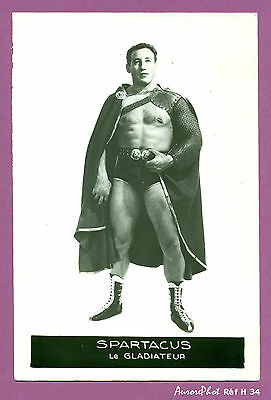 Photo De Presse, Sport, Vintage, Catch : Le Catcheur Spartacus Le Gladiateur-H34