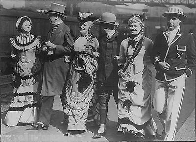 DEMONSTRATION 1888 FLYING SCOTSMAN PERIOD COSTUME 8x6 LNER OFFICIAL PHOTO 1938