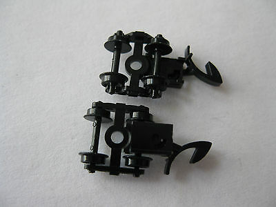 Micro-Trains Stock # 00403031 #956 Roller Bearing Trucks w/ Marklin Couplers (Z)