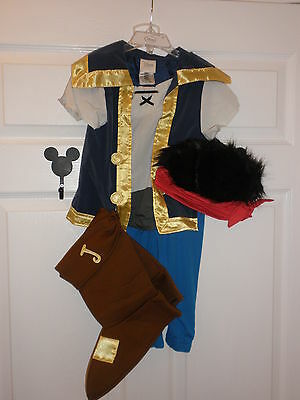 DISNEY STORE Jake and the Never Land Pirates Jake Costume for Boys 4T NWT