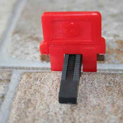 1500 Floor and Wall Tile Leveling Systems - 1000 spacers + 500 wedges