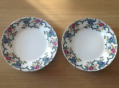 Royal Couldon Victoria Plates X 2