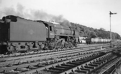 Photo BR Standard Class 9F No 92136 at Wingfield in June 1961